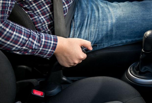 Qué hacer si mi auto se queda sin frenos