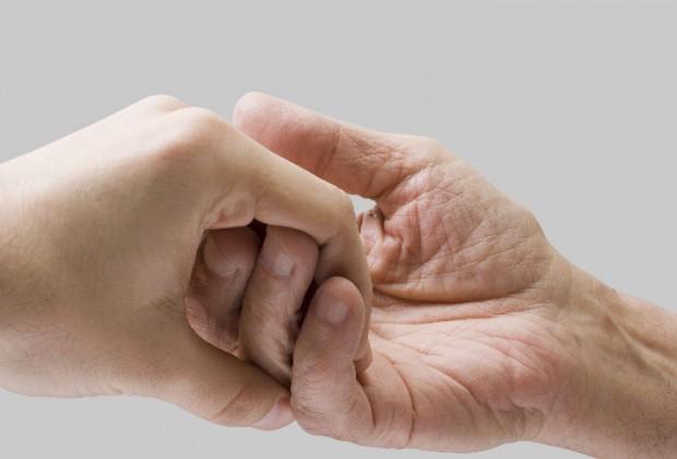 La conmovedora historia de las manos laceradas
