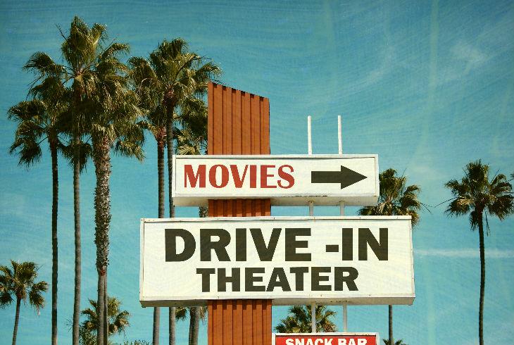 Vámonos al auto cinema