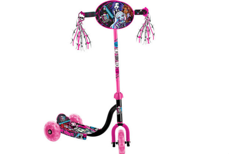 Scooter Monster High Mod.140819 APACHE $770