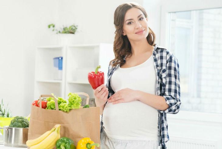 Siete alimentos que aconsejan evitar durante el embarazo