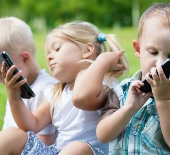 Así afectan los dispositivos electrónicos a los niños