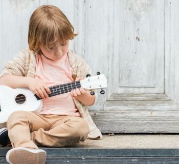 Instrumentos musicales caseros para niños