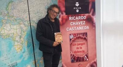 """Ricardo Chávez C. presenta su libro """"Los Juegos de la Violencia"""""""