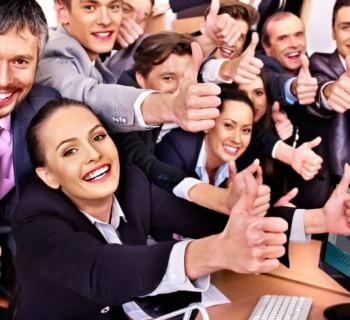 empleados felices chica