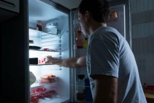Snacks de media noche que no afectarán tu salud