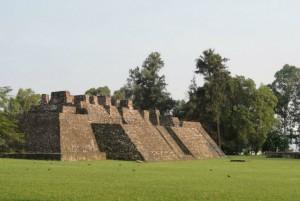 Visita las pirámides de Teopanzolco