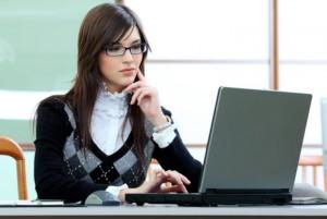 Consejos de vestimenta para mujeres en la oficina