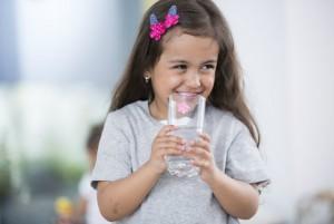 Agua simple vs refresco