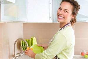 Trucos para que tus trastes realmente huelan limpio