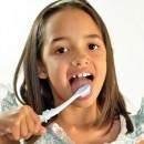 Evita las náuseas al cepillarte la lengua