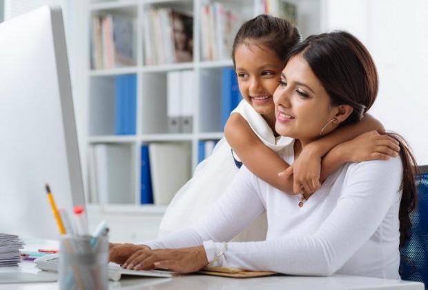 Dónde buscar empleo si eres madre soltera