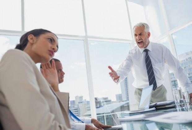 Qué hacer ante los jefes con delirio persecución