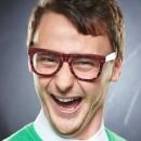Sonríe y mejora tu felicidad en la oficina en menos de 5 minutos