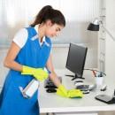 Te conviene ser amigo de la señora de la limpieza