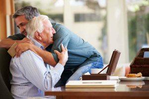 Perdonar a tus padres te hace vivir mejor