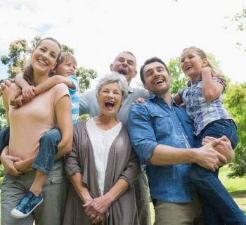Organízate con tus gastos para apoyar a tus padres