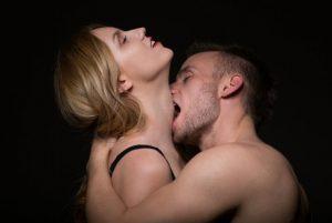 Orgasmearse sin eyaculación, ¿es posible?