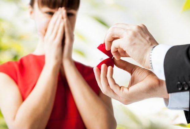Tengo VIH, él no lo sabe y ya me propuso matrimonio ¿qué hago?