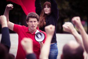 Que las manifestaciones nunca afecten tu puntualidad en la chamba