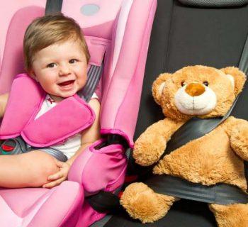 ¿De vacaciones? Cómo entretener a tu bebé durante un largo viaje