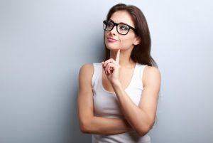 Los mejores consejos de belleza para las chicas que usan anteojos