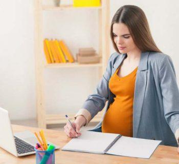 Cómo decirle a mi jefe que estoy embarazada
