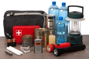 ¿Qué debe de tener un kit de supervivencia en tu hogar?