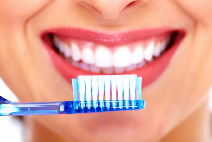 La caducidad de tu cepillo de dientes, peine y otras cosas