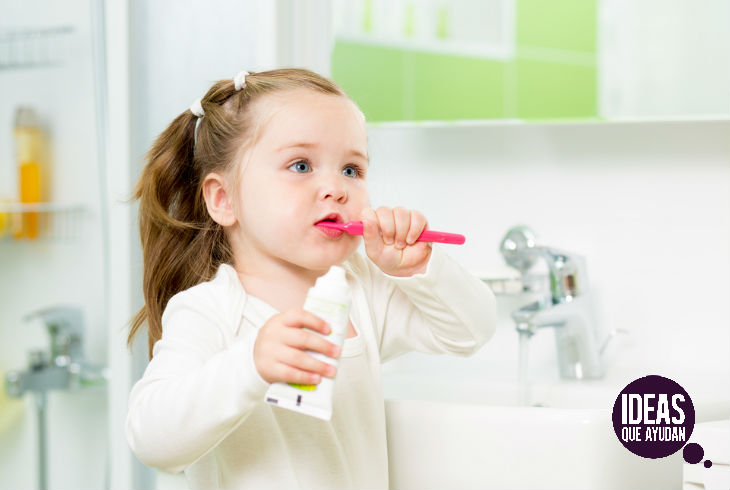 Hábitos para que a tus hijos no se les piquen los dientes