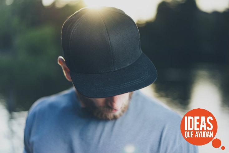 7b8867316a885 La mejor manera de lavar tu gorra - Ideas Que Ayudan
